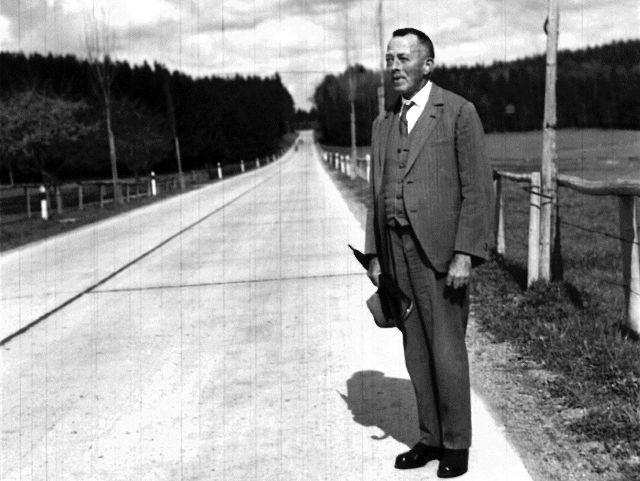 Robert Walser (1878 - 1956)